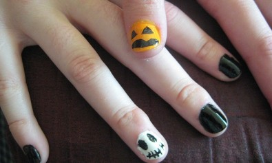 Halloween Inspired Nail Design