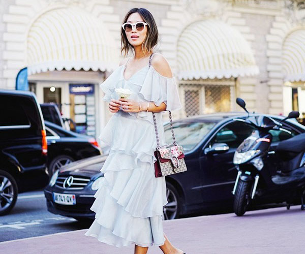 9 Pretty Summer Dresses Bloggers Are Wearing Now